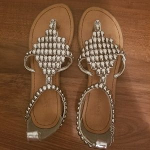 Silver chain, flat sandals